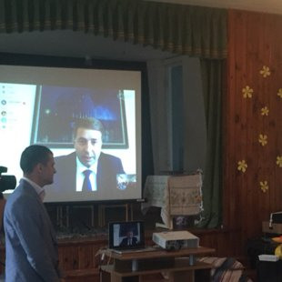 Zinību dienā 2016.- tiešsaistē ar transporta ministru U.Auguli. Mūsu skolā ātrākais intern